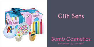 https://images.candlewarehouse.ie/images/products/BombGiftSets.jpg