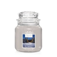 Candlelit Cabin Medium Yankee Candle