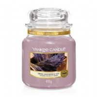 Dried Lavender & Oak Medium Yankee Candle