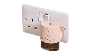 https://images.candlewarehouse.ie/images/products/yankee-candle-electric-plug.jpg