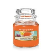 Passion Fruit Martini Small Yankee Candle