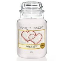 Snow in Love Large Yankee Candle